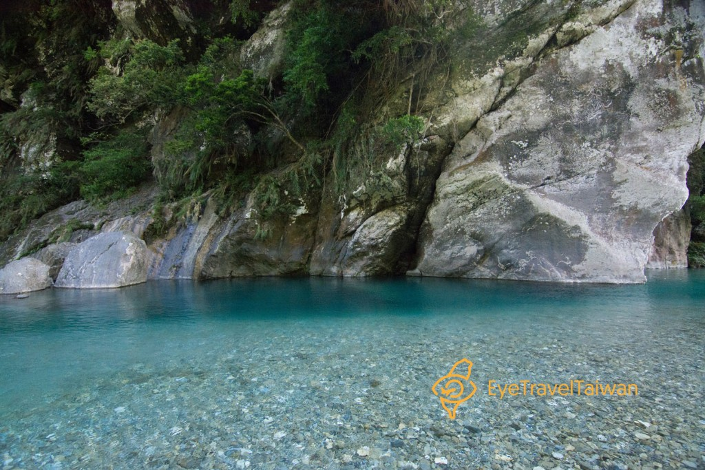 The Golden Grotto: EPICS of River Tracing!! Taiwan Travel Blog